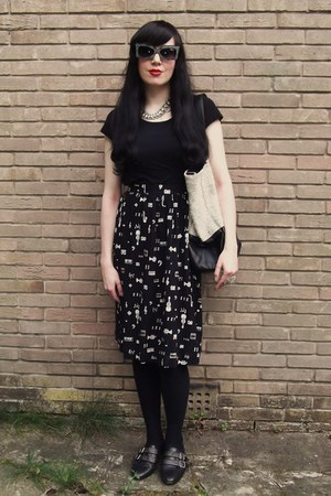 black Lux bag - black asos sunglasses - black Vintage 90s JBJ Sportswear skirt