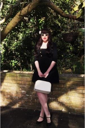 1960s box bag vintage bag - Reko dress - Office flats - vintage glasses