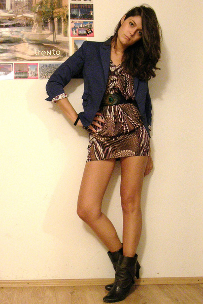 blue Zara belt - black AG boots - purple helene dress - purple Mango blazer