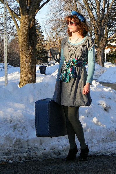 black xhilaration boots - heather gray thrifted Mossimo dress - turquoise blue m