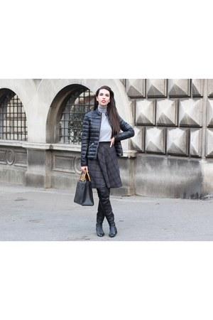 vintage bag Gucci bag - Zara boots - puffer Calliope jacket