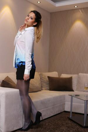 DressLink blouse - Orsay shorts