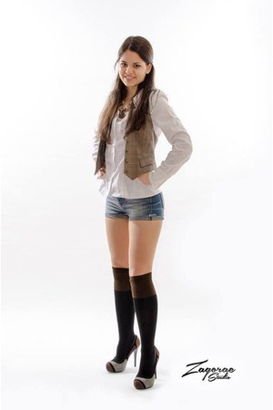 new look shorts - PS Fashion socks - New Yorker vest