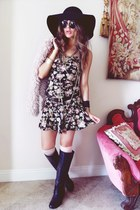 black floppy hat nixon hat - black Pink & Pepper boots