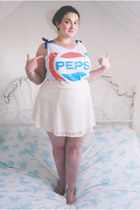 white pepsi Primark top - ivory crochet River Island skirt
