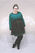 green dogtooth Primark sweater - green velvet crown and glory accessories