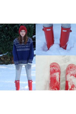red Primark hat - blue vintage jumper - red Hunter boots - gray Topshop jeans