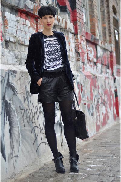 H&M Trend blazer - Zara boots - AHAISHOPPING shorts - H&M Trend blouse