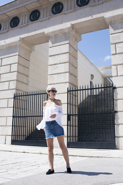 H&M skirt - H&M shoes - ray-ban sunglasses - Zara necklace