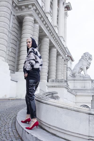 Zara sweatshirt - H&M jacket - Zara pants