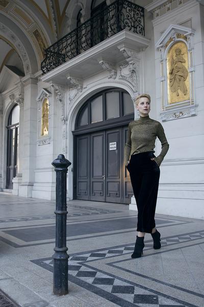H&M shoes - Zara pants - Primark top
