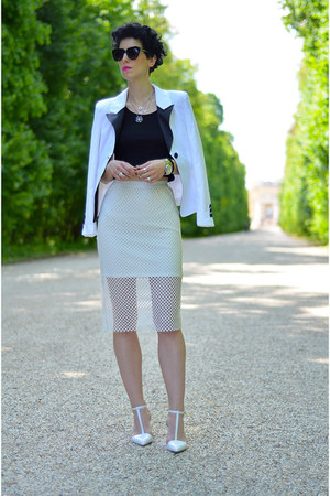 Frontrowshop skirt - Sheinside blazer - zeroUV sunglasses