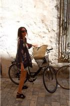 hakei wedges - Zara blazer - H&M shorts - Mango top - Sabre glasses
