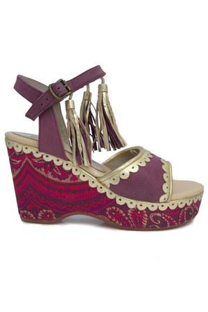 Believes by Bridget shoes
