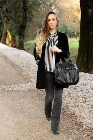 black Tamaris boots - black Flavio Castellani coat