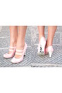 Black-frilly-stradivarius-skirt-light-pink-mary-janes-harajuku-lovers-shoes