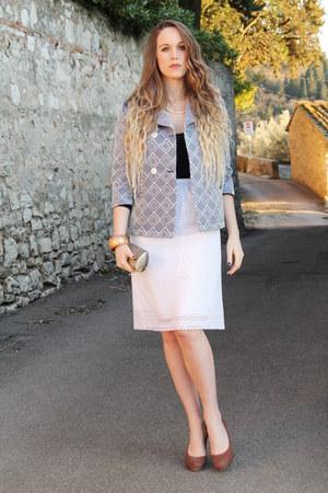 navy Kristina Ti blazer - gold vintage purse - white Kristina Ti skirt