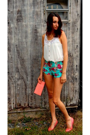 floral hi rise shorts - pink patent Bandolino pumps - white button up top