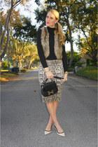 black vintage Hermes bag - heather gray pencil H&M skirt