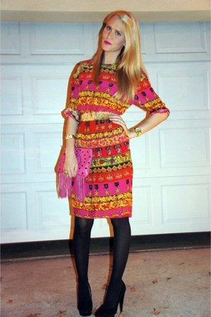 vintage dress - vintage belt - Target tights - colin stuart for VS heels - Rebec
