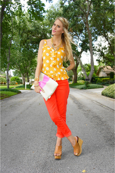 gold polka-dot Old Navy top - red cropped goldsign jeans