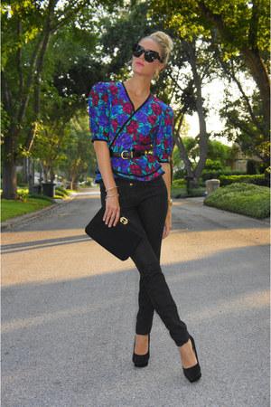 black skinny jeans joes jeans - black clutch thrifted vintage bag - black House