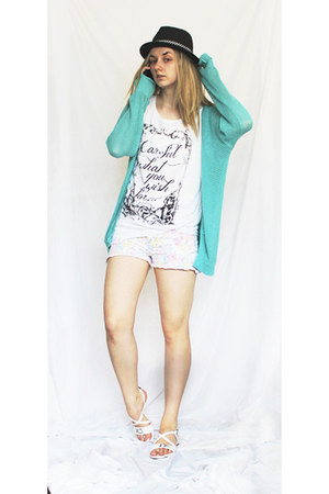 white flower pattern shorts - black hat - aquamarine sweater - white sandals
