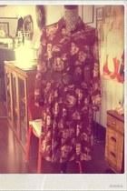 maroon Sunshine Alley dress - heather gray vintage purse - brown vintage belt