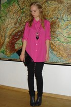 hot pink Secondhand shirt - gray H&M boots - black studded Balzar purse