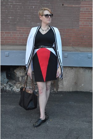 black Erin Fetherson dress - black longchamp bag - black studded Zara shorts