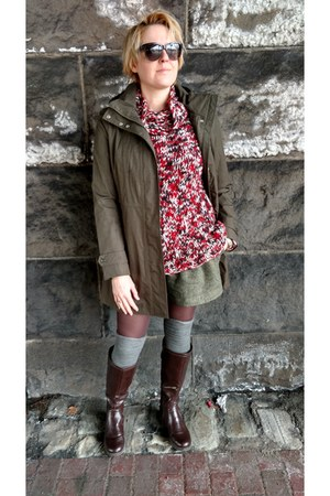 red oversized madewell sweater - dark brown knee high DSW boots