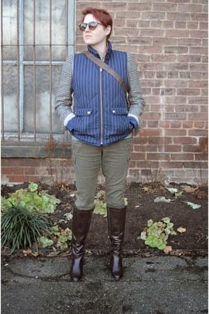 light brown houndstooth JCrew blazer - dark brown Kelly & Katie boots