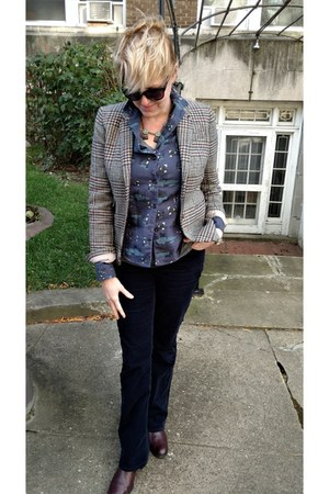heather gray tweed JCrew blazer - maroon chelsea Zara boots