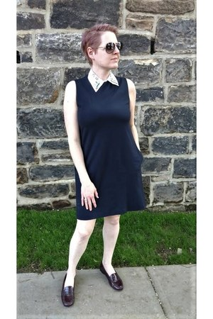off white collar asos accessories - navy shift Uniqlo dress