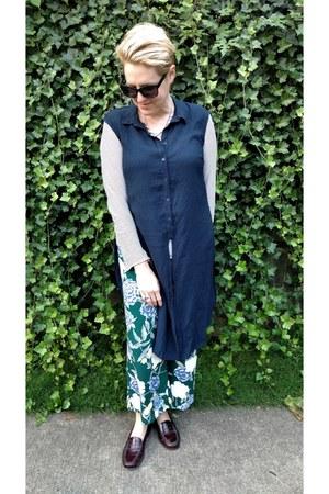 teal floral culotte Target pants - navy button down Mango shirt