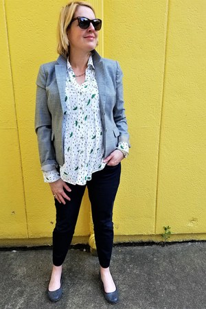 heather gray Jcrew blazer - white novelty print Anthropologie blouse