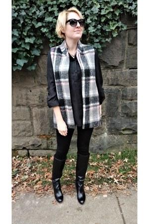 charcoal gray plaid Anthropologie vest - black Zara leggings