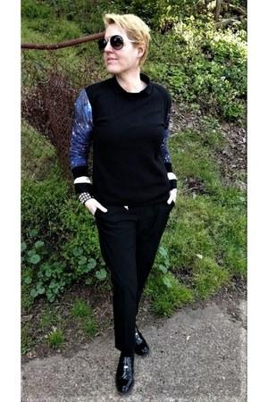 black galaxy Forever 21 sweatshirt - black Uniqlo pants