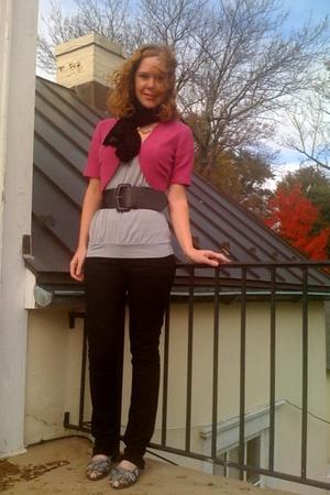 Old Navy sweater - H&M shirt - H&M jeans - Revolution belt