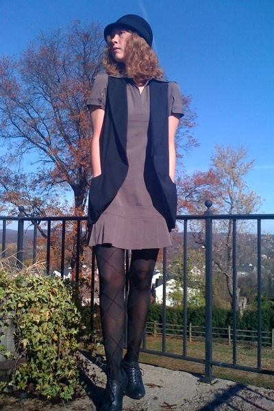 Simons dress - payless tights - Forever21 vest - Forever21 hat - Forever21 shoes