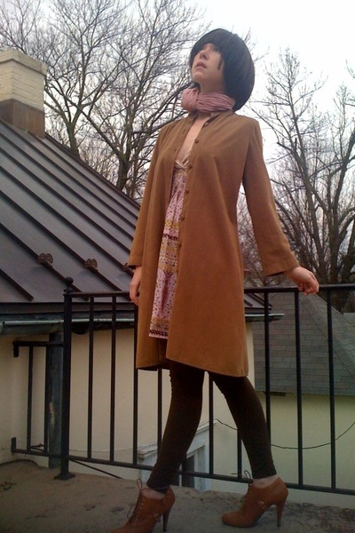 brown vintage coat - brown Forever21 shoes - pink Forever21 dress - brown Walmar