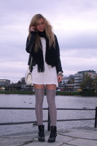 black biker boots shoes - black leather jacket - gray tights - white bag