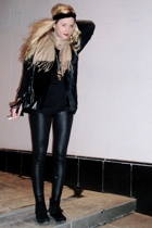 black fringe boots - beige scarf - black pvc leggings pants