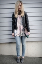 jacket - top - jeans - shoes - necklace - purse