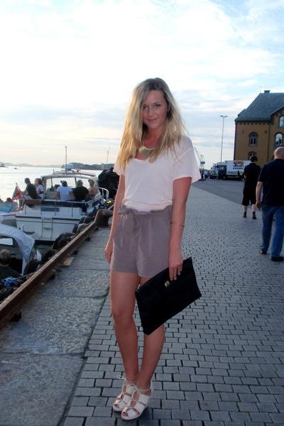 t-shirt - shorts - purse - shoes - necklace - bracelet