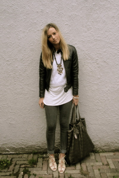 black leather jacket - beige wedges shoes - gray skinny jeans