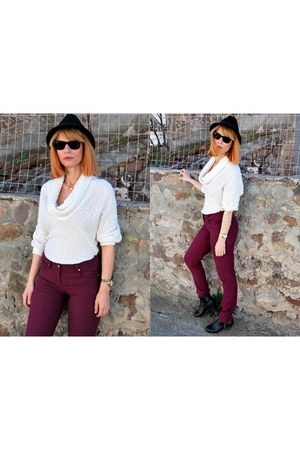 H&M hat - Bellino pants - le vertige blouse
