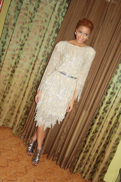 sequins  beads vintage dress - metallic Boutique 9 heels - vintage belt