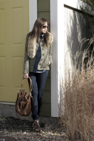 army green H&M sweater - blue H&M top - navy Levis jeans - brown Uniqlo scarf -