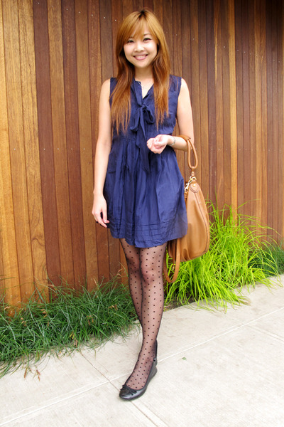 blue Forever 21 dress - black H&M stockings - brown H&M purse - black H&M shoes